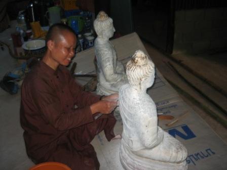 Buddhastatue2