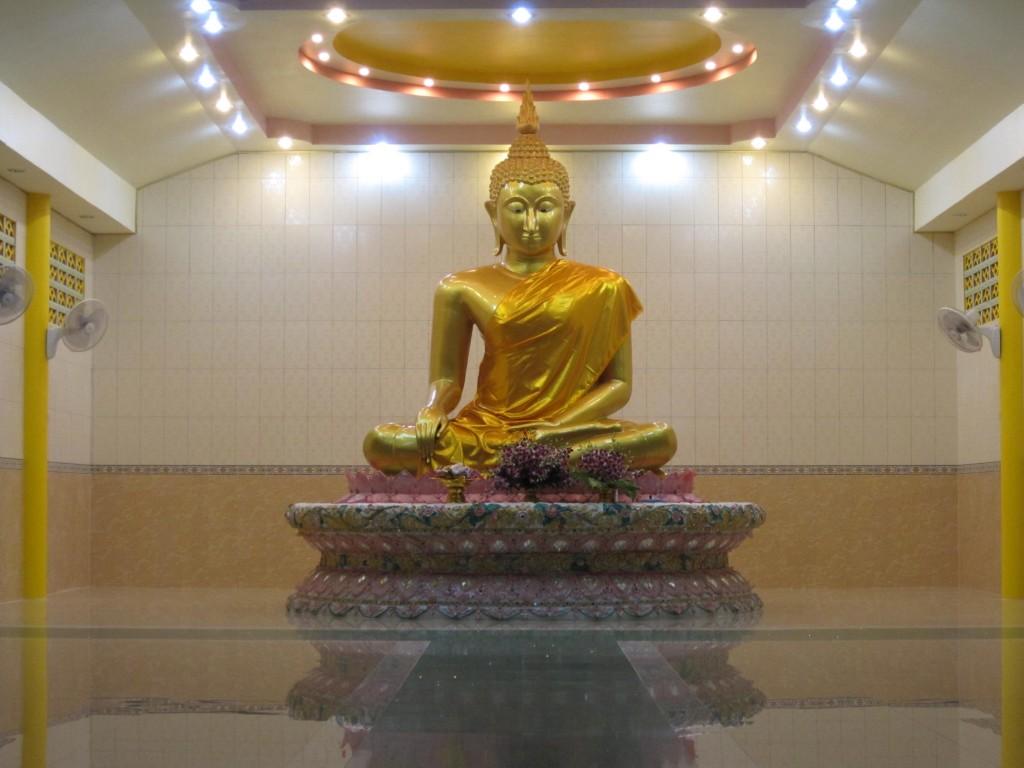 Buddha statue (Dec 12)