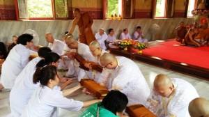 monk-ordination02
