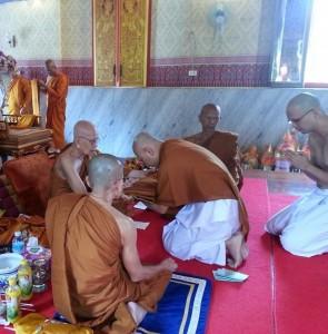 monk-ordination05a