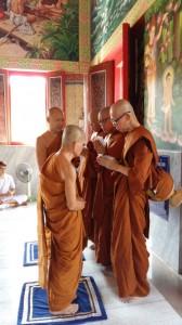 monk-ordination12