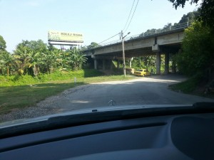 ipohtemple-underthebridge