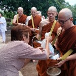 The benefits of offering alms food to the Sangha